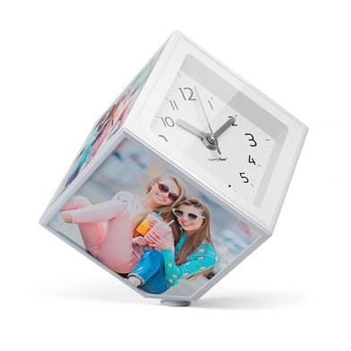 Balvi - Photo Clock marco de fotos y reloj giratorio, 5 fotos de 10x10 cm