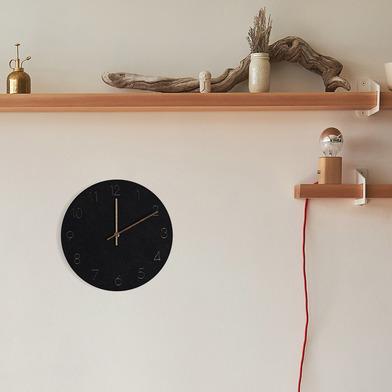 Balvi Reloj de pared Bonne Heure Color negro Movimiento silencioso 29cm 1xAA no incluida Madera DM