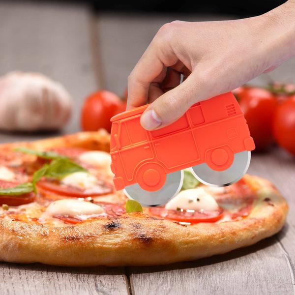 Balvi Corta pizza Van Color rojo Plástico ABS/inox