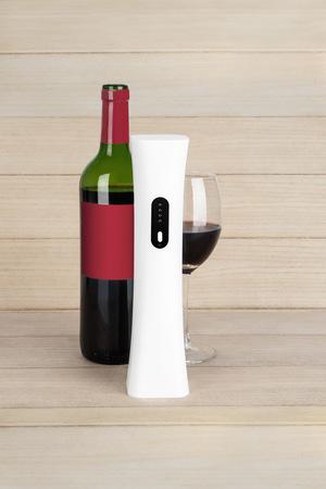 alvi Cavatappi elettrico Wine Minnim Colore bianco Con apribottiglie e il cavo USB batteria interna