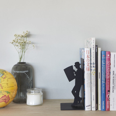 Balvi - The Reader decorative metal bookend in black colour